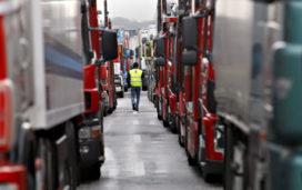 Blokkade snelwegen door dure diesel