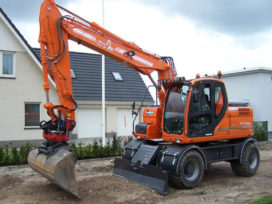 Eerste Doosan DX 140 in Nederland