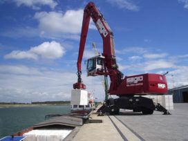 Sagro-groep breidt machinepark uit met Fuchs MHL 380