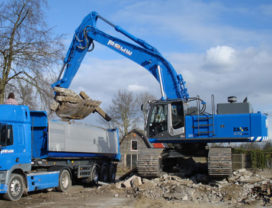 Hitachi ZX 470 LCH-3 voor Theo Pouw Groep