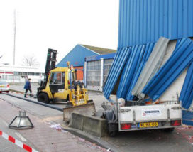 Ravage door 'knallende' shovel in Gorinchem