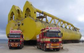 Super zwaar transport op 2 x 33 assen