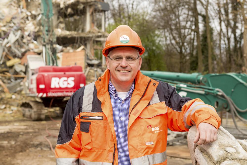 <p>'Een duurzame sloop vraagt om aandacht in het voortraject', stelt Karel Hoekman, bedrijfsleider bij RGS.</p>