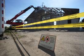Asbest verwijderen met hijskraan en werkbak mag weer