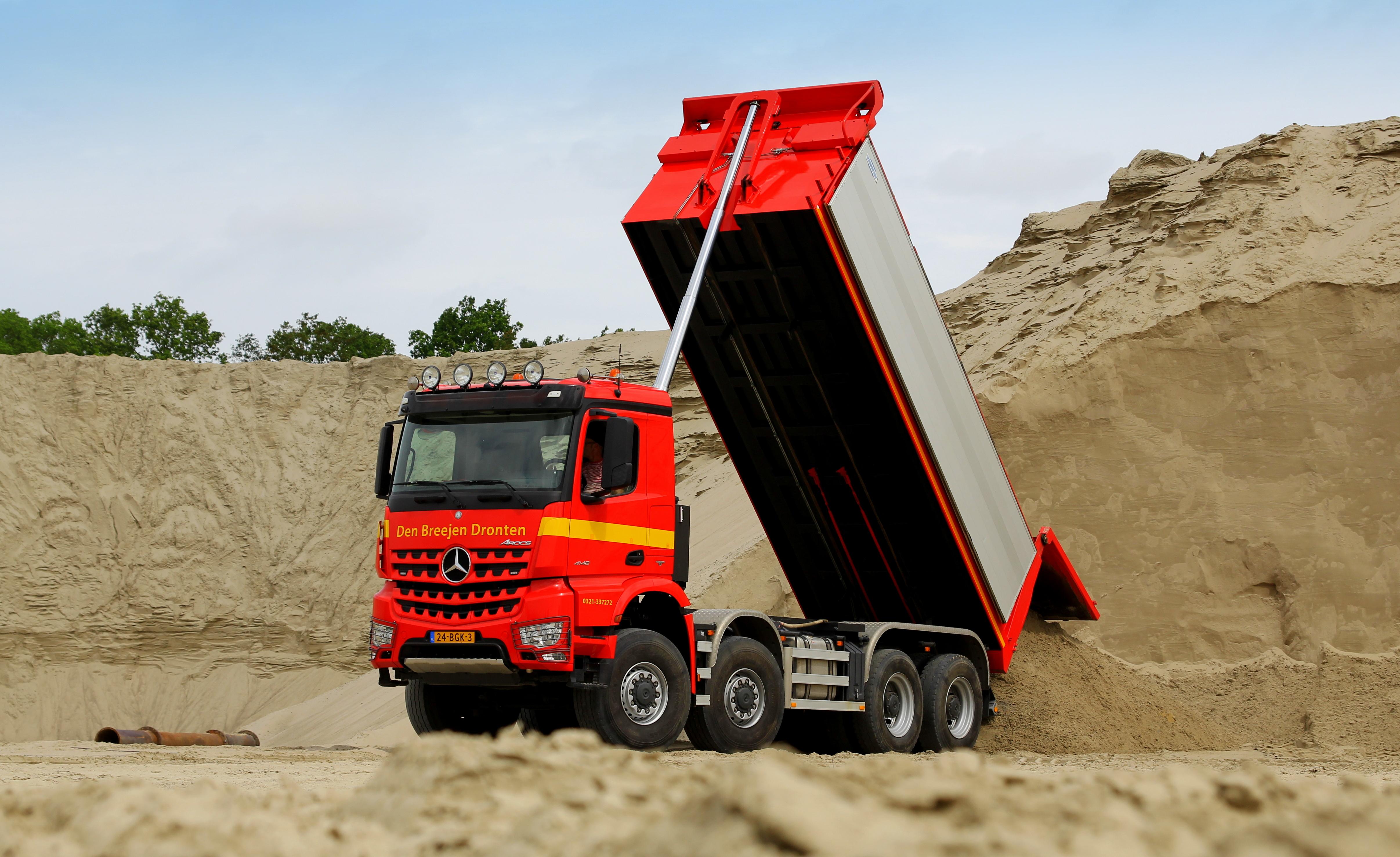 <p>Mercedes is bezig markt te winnen in de bouwsector.</p>