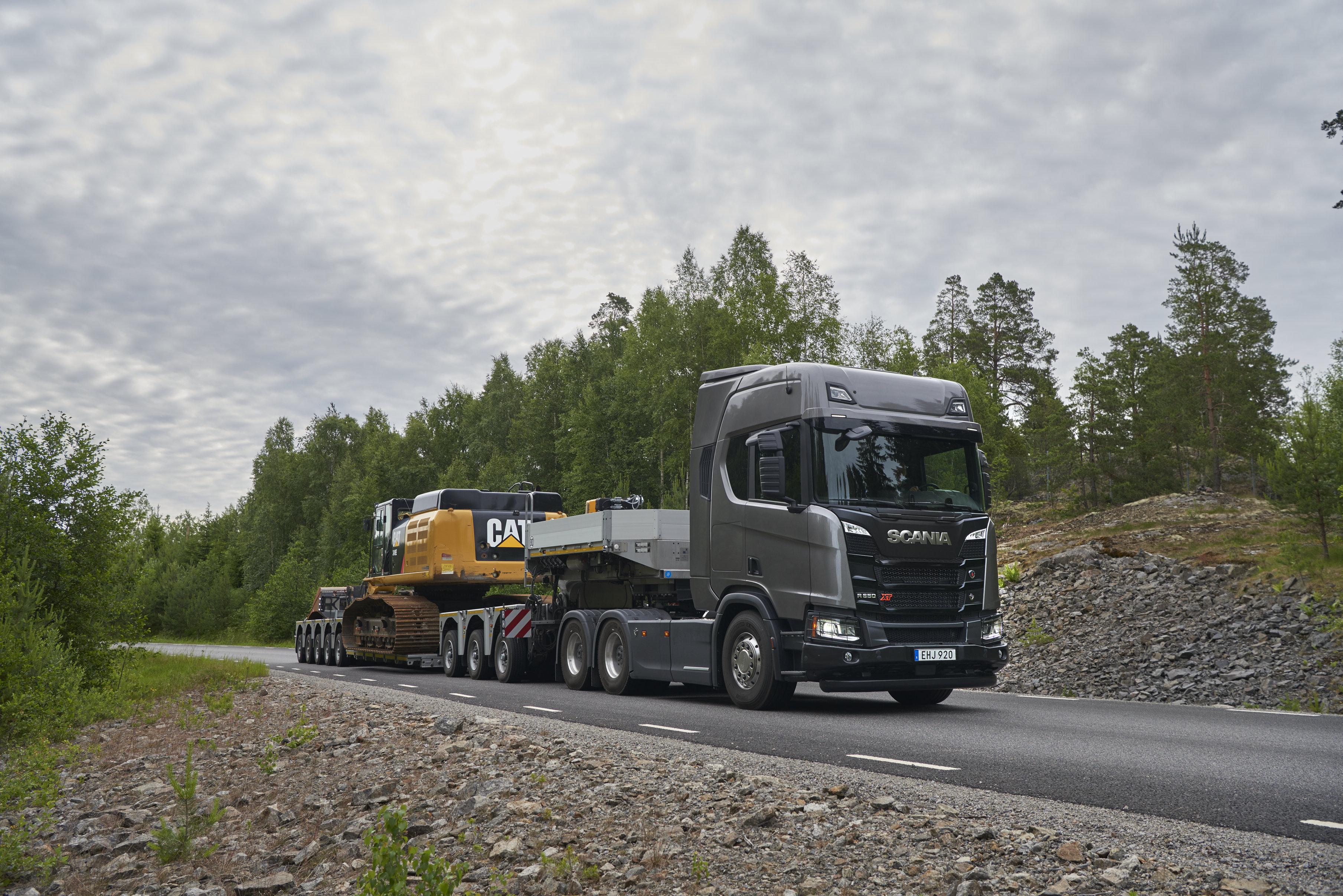 <p>De Scania R650 V8 in XT-uitvoering als zwaartransport-trekker.</p>