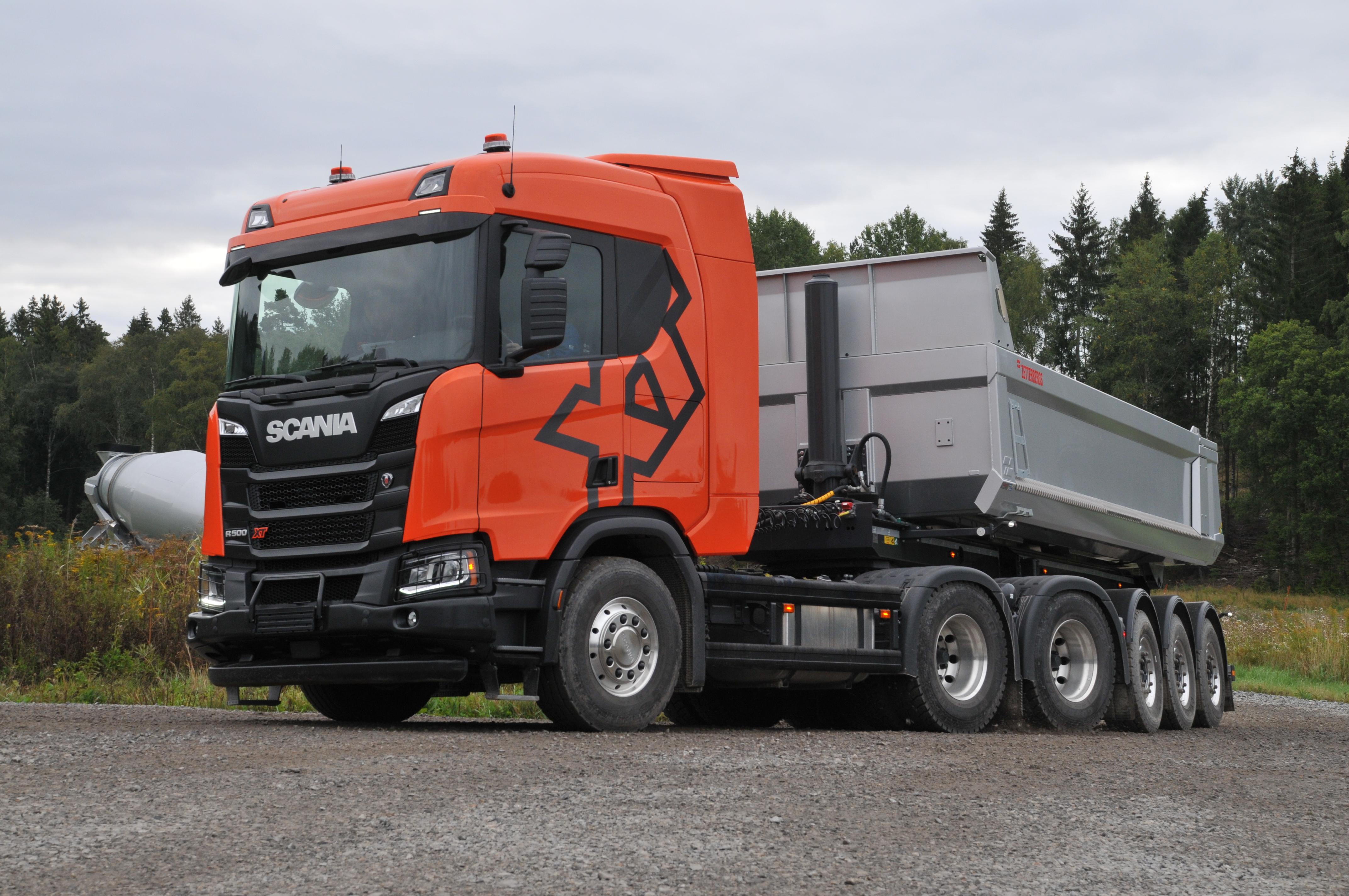 <p>Eén van de door ons gereden trucks is deze R500 XT 6×4-trekker.</p>
