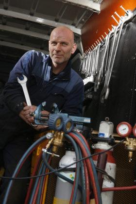 Groot Zevert heeft vele takken van sport aan boord. Dat maakt het werk voor chef werkplaats Rob Groot Zevert extra leuk.
