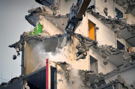In de flat zat beduidend minder wapening dan verwacht. De constructie gaf het gebouw zijn sterkte.