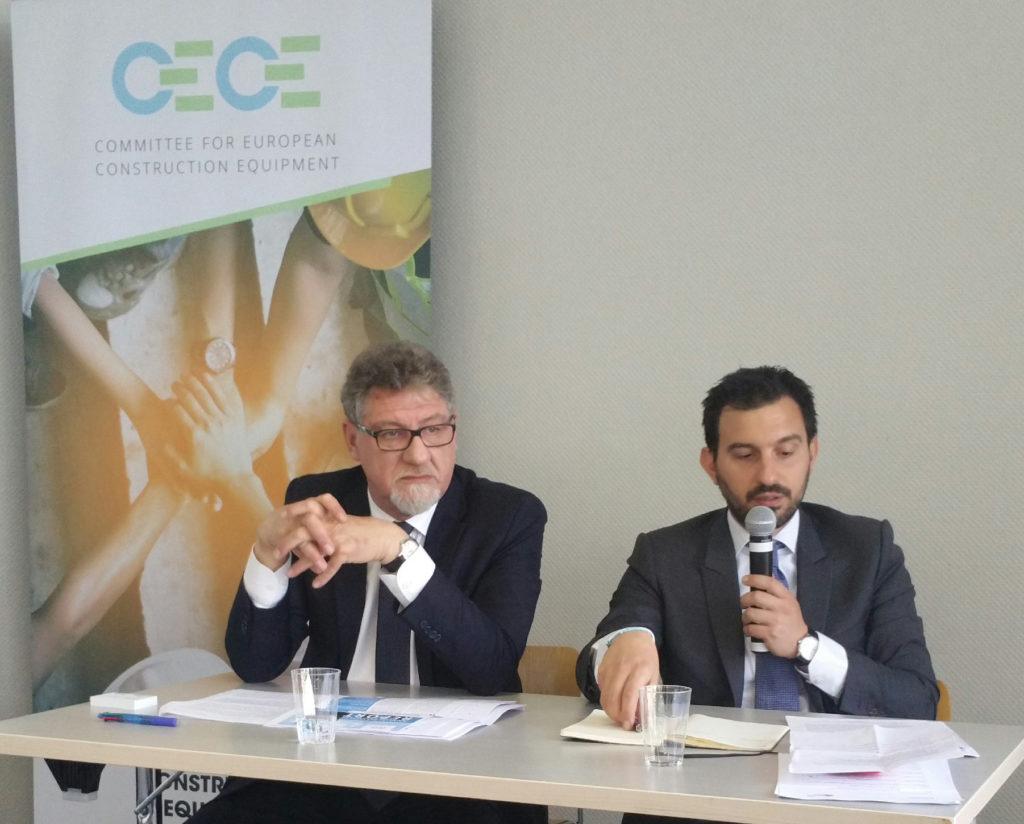 President Prandini (links) en secretaris-generaal Viaggi (rechts) van het CECE: 'Het is onze plicht om aan de regels te voldoen.'