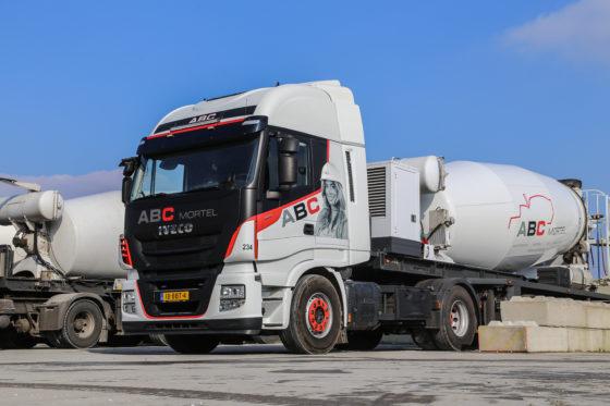 Wat betreft de vrachtwagens investeerde ABC Mortel recentelijk vooral in Iveco's. De argumenten die pleiten voor Iveco, zijn nagenoeg dezelfde als die voor de Case opgaan.