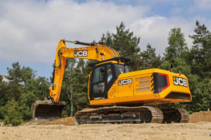 VIDEO: BouwMachines test JCB 220X-LC