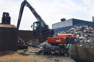 Atlas 350MH voor International Metal Trading