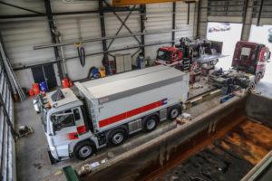 Transporteur A. van Grunsven bouwt zijn trucks zelf op