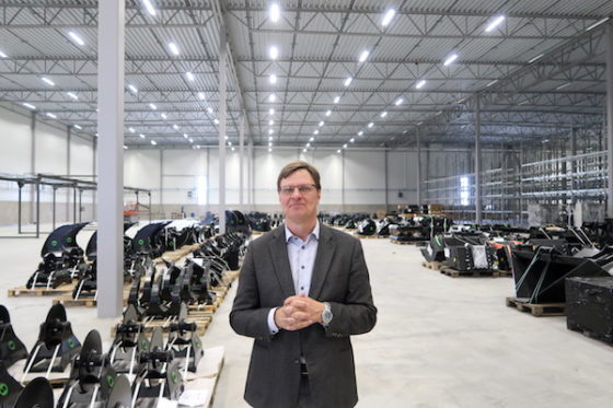 CEO en oprichter Stefan Stockhaus van Steelwrist in de nieuwe fabriek. 'Wij zijn klaar voor wereldwijde expansie.'