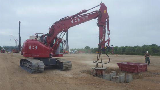Blijleven neemt nieuwe Hyundai HX235LCR in gebruik