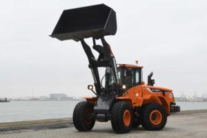 Doosan lanceert drie nieuwe machines