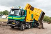 Renault K voor Wiltlox Wegenbouw & Groentechniek: 'Een beer van een auto'