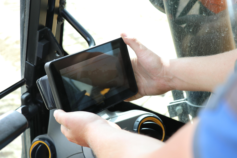 Het 7-inch display is tevens verstelbaar.