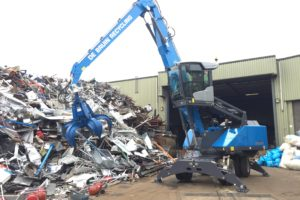 Fuchs MHL331F voor De Bruin Recycling in Woerden