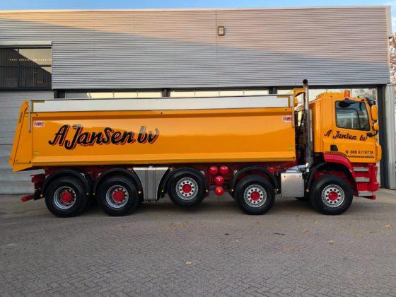 Eerste drie DAF 10×4 trucks voor infrabedrijf A. Jansen