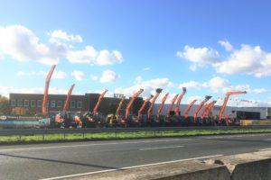 DUBBEL-INTERVIEW. Doosan-dealer ELM neemt ETEC over en gaat specials bouwen