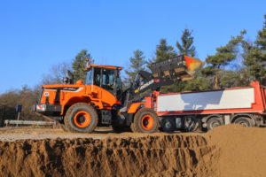 VIDEO | BouwMachines test nagelnieuwe Doosan DL280-5
