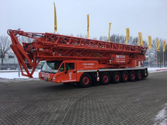 Verhuurder Wido neemt met Spierings SK 1265-AT6 tiende mobiele torenkraan in gebruik