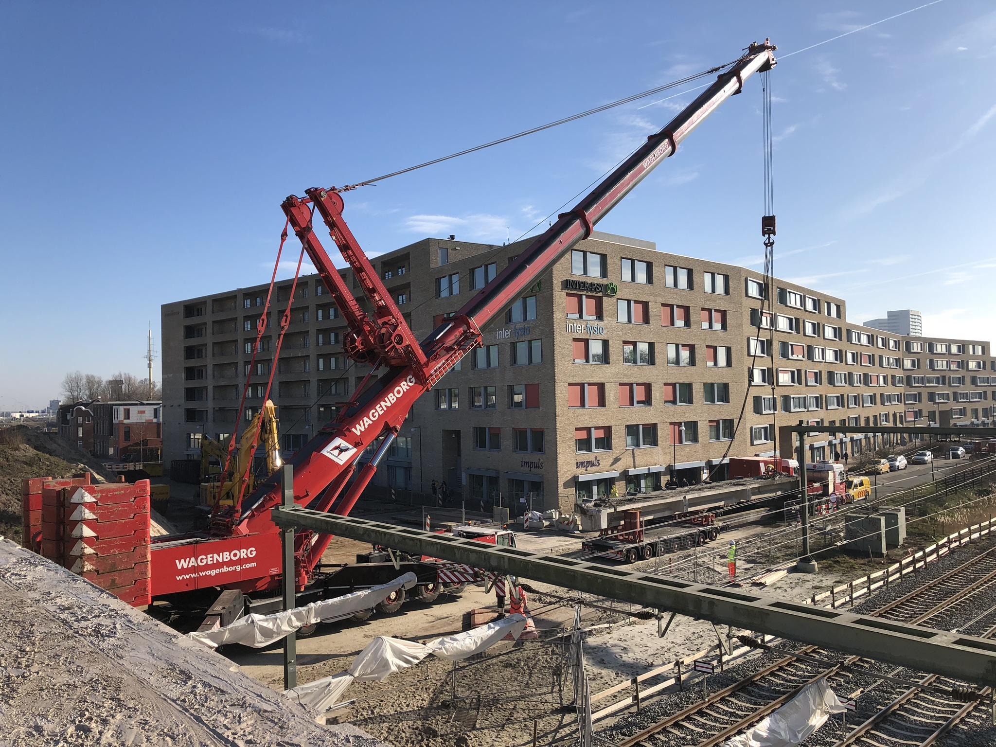 Vlasman sloop Esperantoviaduct Groningen