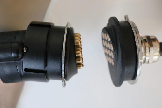 Steelwrist presenteert nieuwe snelkoppelingen en zelfreinigende connector
