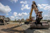 'De bouwvakkers van Defensie' willen samenwerken met bedrijven en machinisten