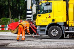 Deskundigen waarschuwen na dodelijk ongeval: 'Werken bij veegwagen levensgevaarlijk'