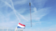 Vlag halfstok. overleden kraanmachinist 80x45