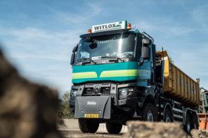 VIDEO | Eerste Renault Trucks K 8×6 in Nederland is voor Witlox