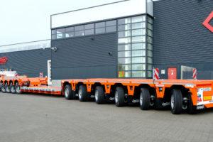 Nootebooms grootste voor kranentransporteur Zwagerman