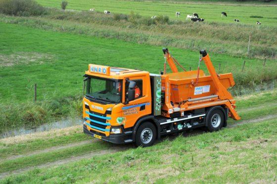 Scania CNG-trucks voor inzameling bouw- en sloopafval; het gas komt uit eigen afval