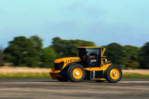 JCB Fastrac is opnieuw de snelste tractor ter wereld: ruim 217 kilometer per uur